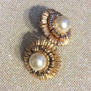 High quality 💞TRIFARI💞pearl earrings